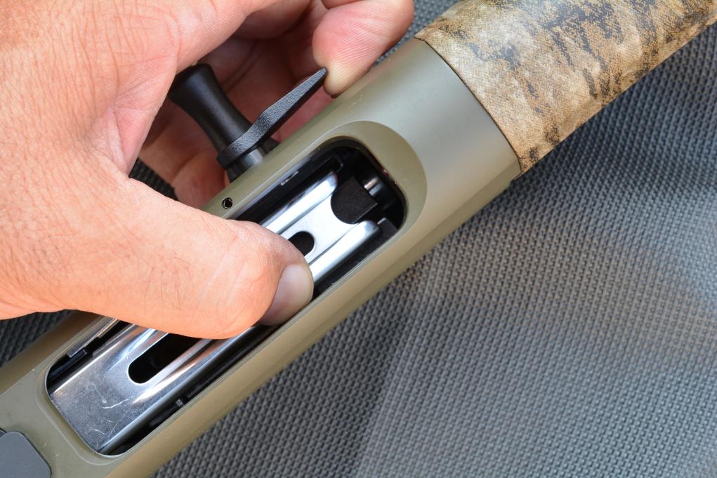 pulsante di sblocco dell'otturatore del fucile semiautomatico Retay Masai Mara Bottomland Green