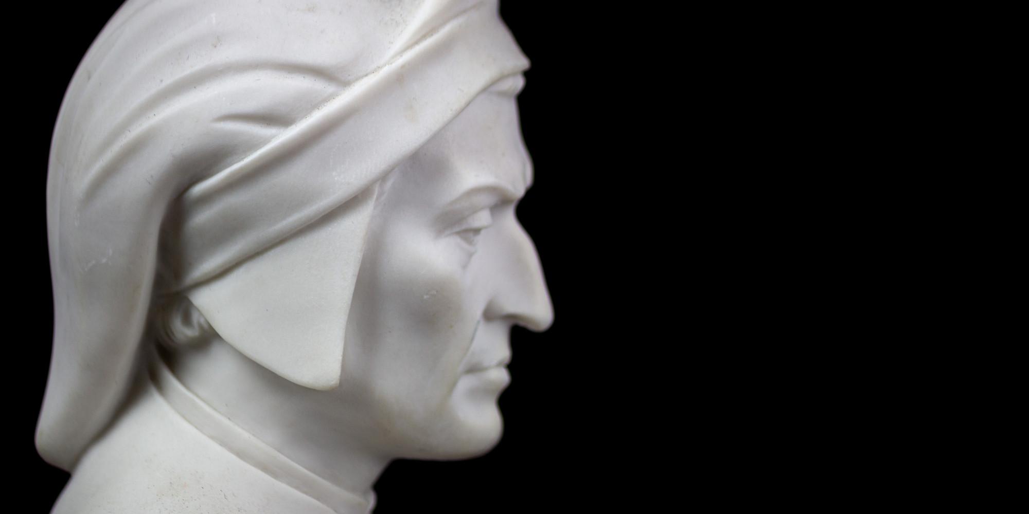 Cacce e animali nella Divina Commedia: statua di Dante Alighieri