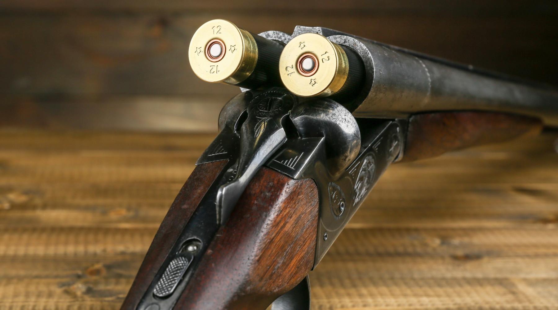 munizioni in piombo inserite in doppietta calibro 12